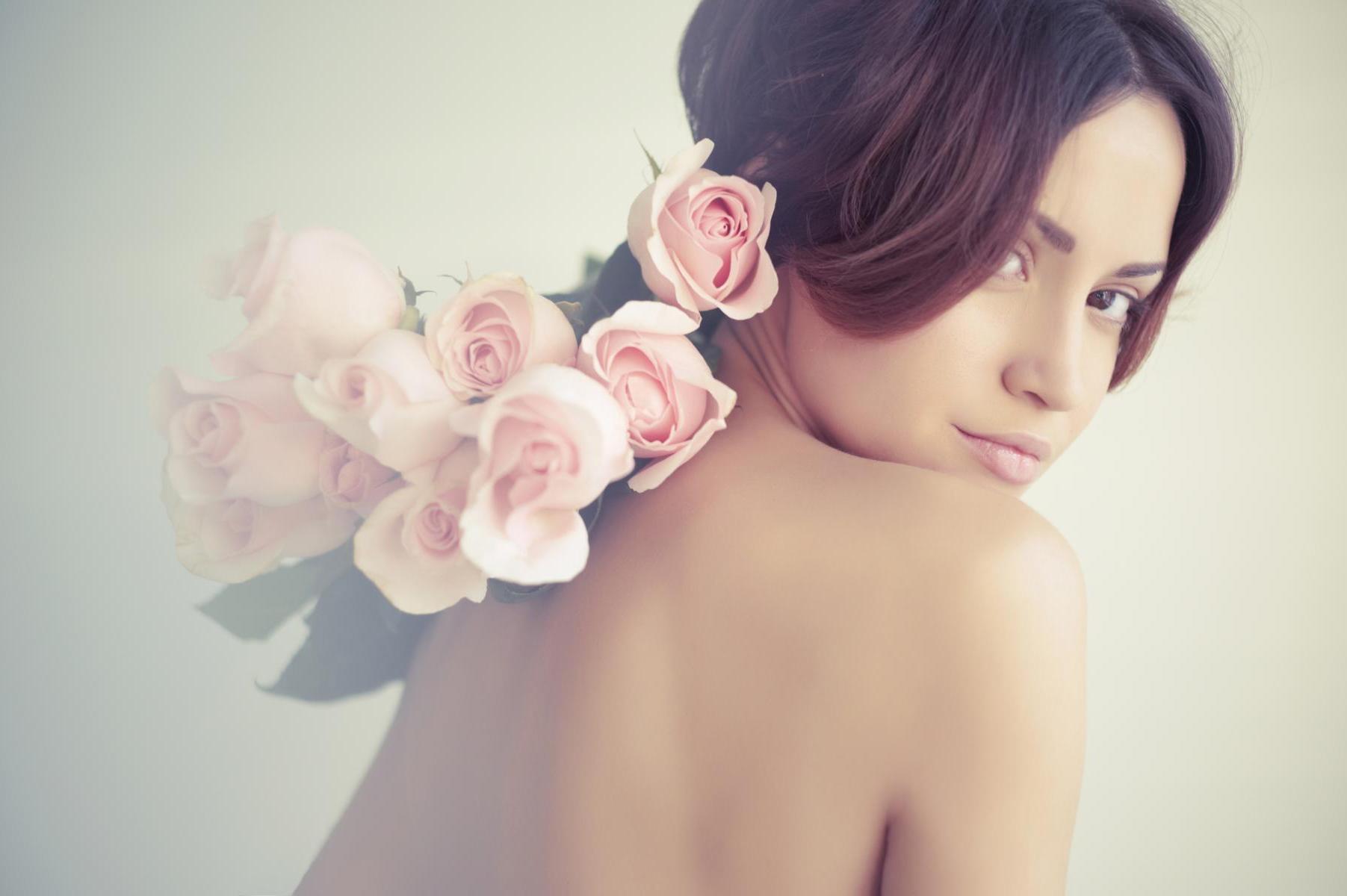 Haut Manufaktur kosmetik kosmetikstudio motiv frau mit rosen 3