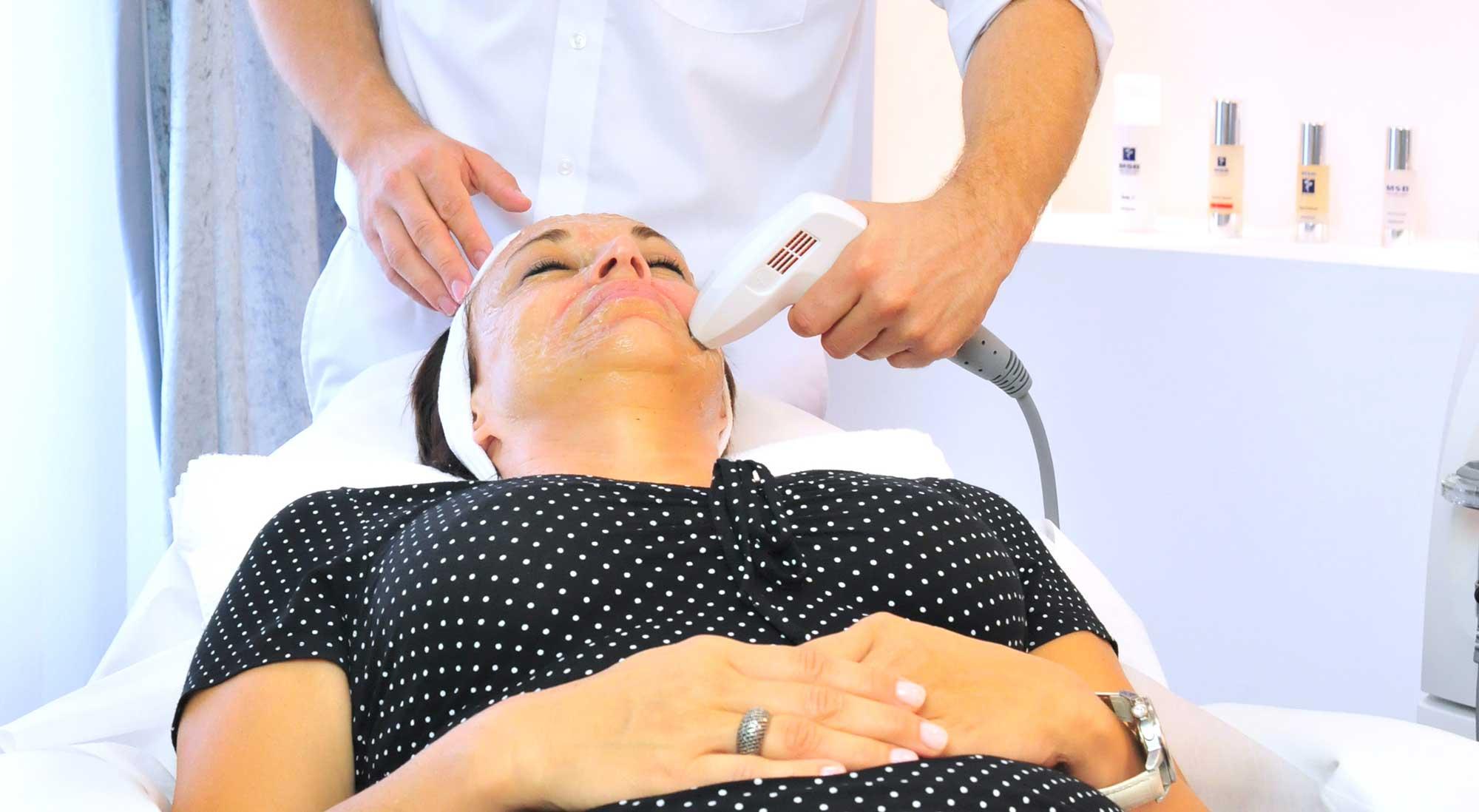 Kosmetik haut manufaktur Henstedt-Ulzburg Anti Aging Gesichtsbehandlung mit Radiofrequenz gegen Falten
